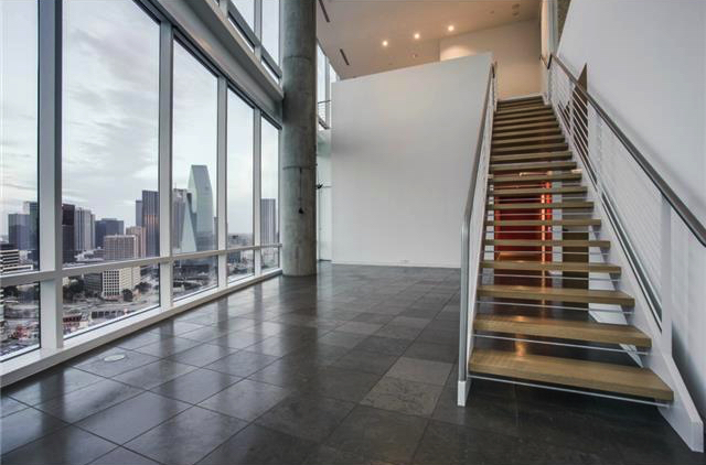 ... The Wide Open Floor Plan, Massive Windows, Multiple Levels Of Ling  Space, And Huge Concrete Columns Are About As U201cloftyu201d As It Gets, While  Also Being ...