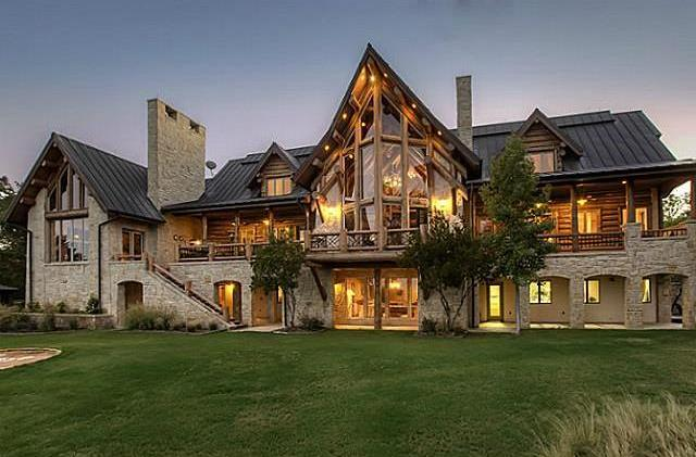 8 of the coolest log cabins for sale in the dfw region for Log home plans texas