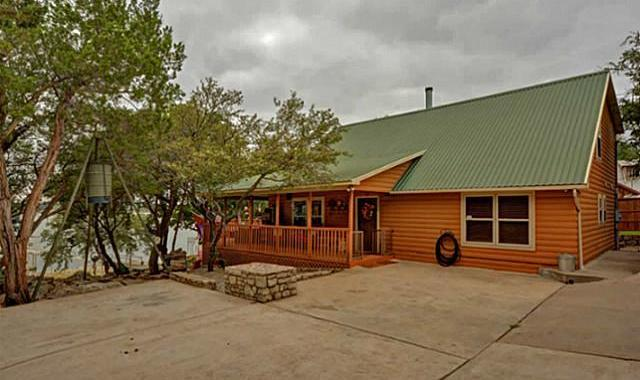 hill waltonia texas at river country for lodges on in snowbirds cabins the guadalupe rent cottages