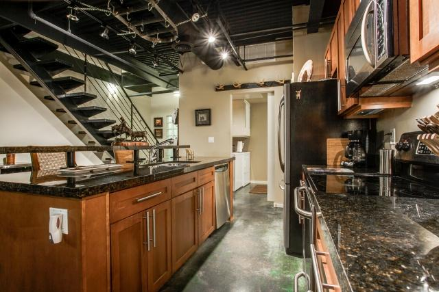 Loft Apartments In Dfw Area South Harwood Lofts For Sale Rent In Downtown Da