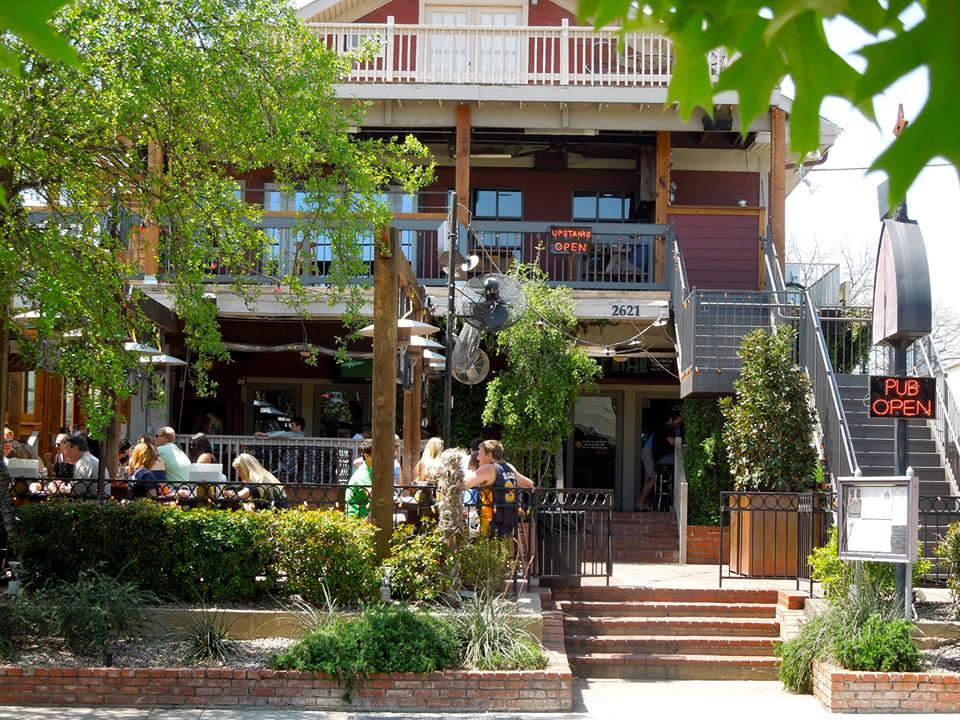 Dallasu0027 Best Outdoor Patios
