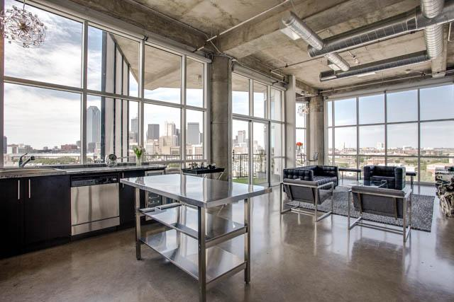 Downtown Dallas Industrial Loft Apartments. Industrial Apartment Concrete  Chesterfield Jouer British .