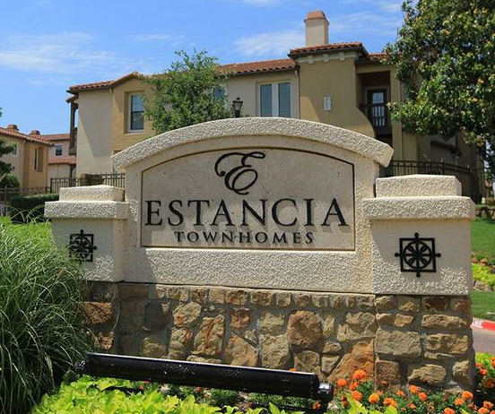 Estancia townhomes in north dallas offer luxury spanish for Estancia homes