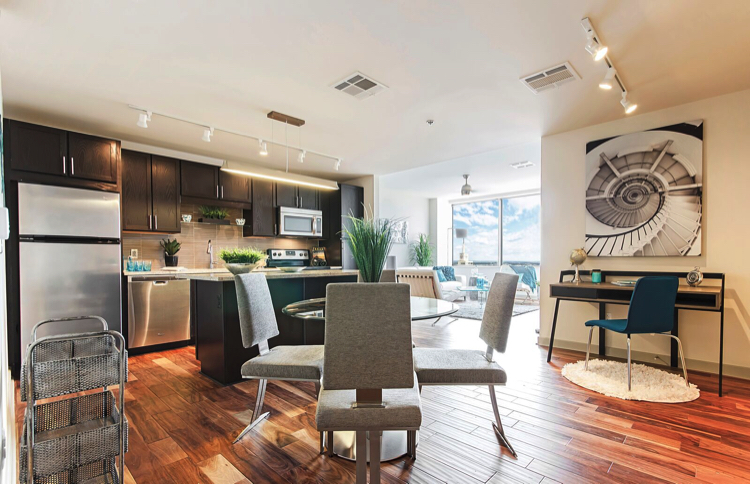 LTV Tower Apartments In Dallas Offer Uncommon Luxury Appeal