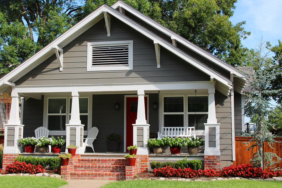 A look at the charming bungalows for sale in the m streets for Craftsman style homes for sale dallas tx