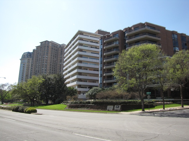 The Beverly Dallas High Rises 3621 Turtle Creek High