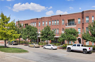 Addison, TX Townhomes for Sale