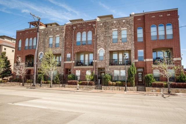 Downtown Dallas Fort Worth, TX Townhomes For Sale