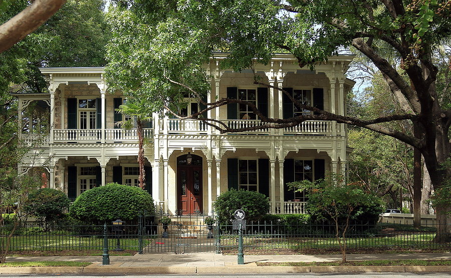 Historic Homes Near TCU